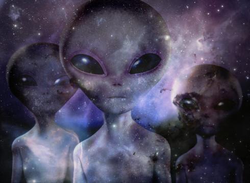extraterrestres 490px - Extraterrestres y Gobiernos en la Sombra – ¿Qué más sabe este astronauta?